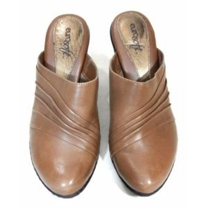 Eurosoft Shoes - Eursoft Clogs Brown Leather Stacked Heel Slip On